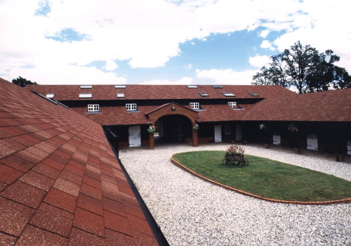 czerwone gonty dachowe bardoline realizacje